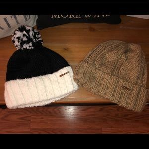 Set of 2 Micheal kors beanie hats